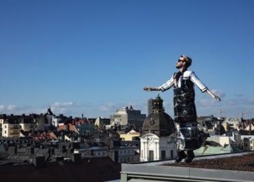Urban Deli Sveavägen visar fotbolls-VM på taket