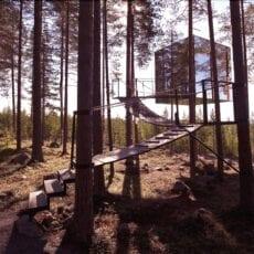 Håll social distansering och upplev avlägsna hotell i fantastisk natur på din hemester i sommar