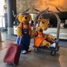 Lollo & Bernie checkar in i Malmö för ett riktigt sommaräventyr.