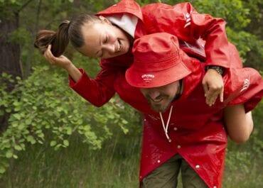 Medvind – Den första limiterade kollektionen med klassiska regnplagg från Explorer