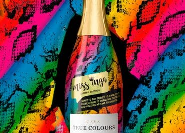 Fira Pride med True Colours - cavan som vill göra gott