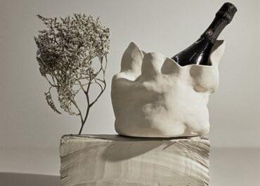 Paula Martinsson och Oddbird lanserar en serie unika skulpturer – i form av vinkylare.