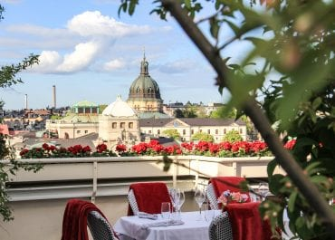 Sayan Isaksson gästar Bank Hotel med exklusivt grillkoncept på taket