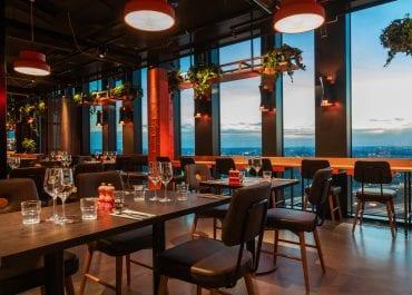 Sjöstaden Skybar höjer Stockholms matscen
